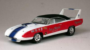 Super Car Collectibles - 1:18 '70 SOX & MARTIN SUPERBIRD RACE CAR - SSC-29623