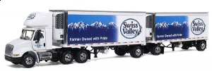 First Gear - 1:64 SWISS VALLEY-INT/NAL 8600W/2 REEFER RUP TRAIL - FG-60-0015