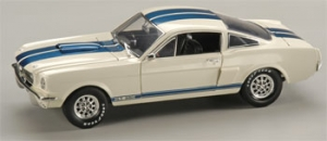 Shelby Collectibles - 1:18 '66 Shelby GT-350 Street White/Blue - DC-35001