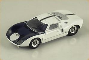 BIZARRE - 1:43 FORD GT40 MK1 PRESENTATION 1964 - BZ-268